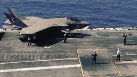 ВМС США для перспективного палубного крыла необходимы как истребители F-35, так и БЛА UCLASS