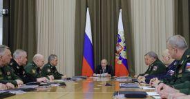 Серия совещаний с руководством Минобороны и ОПК началась в Сочи